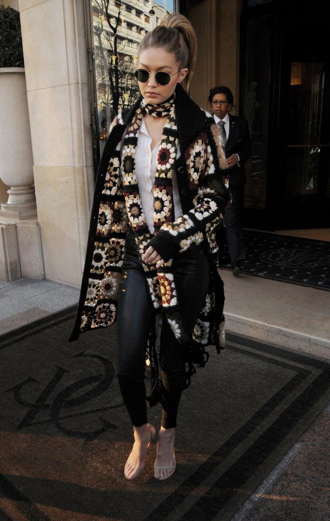 Gigi Hadid sort du George V à Paris, le 20 janvier 2016