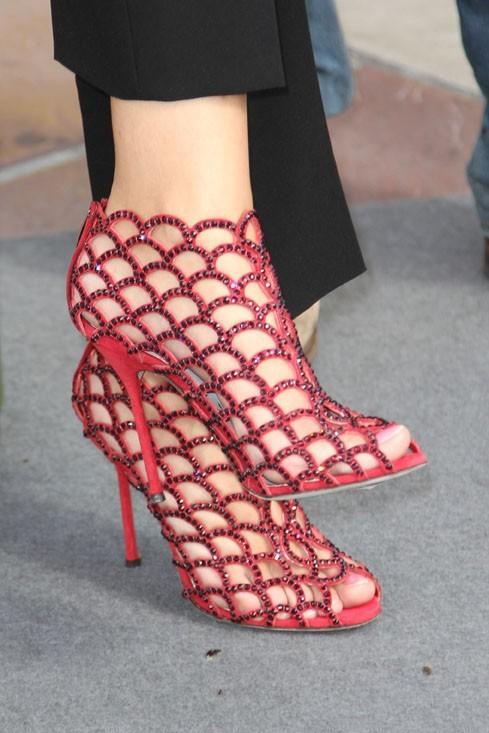 Une paire de chaussure style Spiderman !