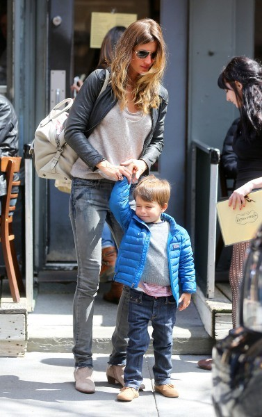 Gisele Bundchen et ses enfants, New York le 14 avril 2013