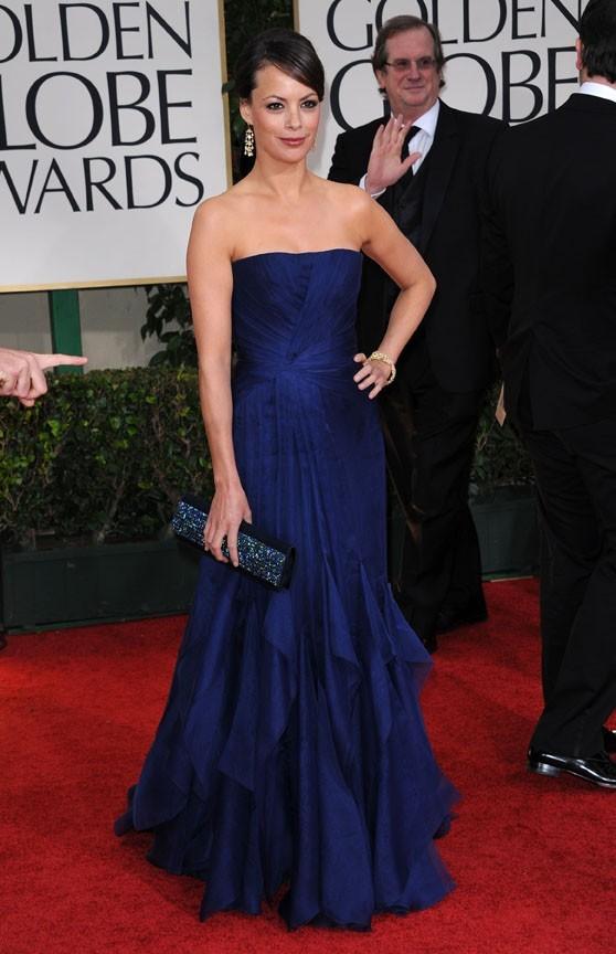 Elle porte très bien le bleu !