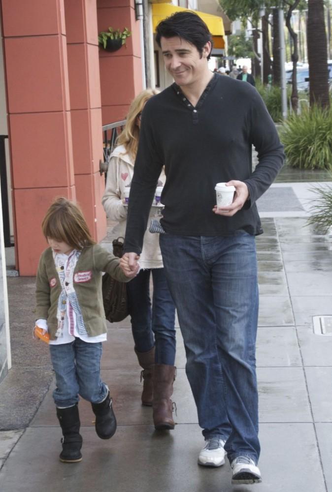 Goran Visjnic en famille dans les rues de Los Angeles