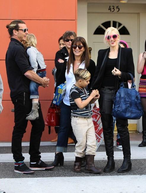 Gwen Stefani en famille le 27 janvier 2013 à Beverly Hills