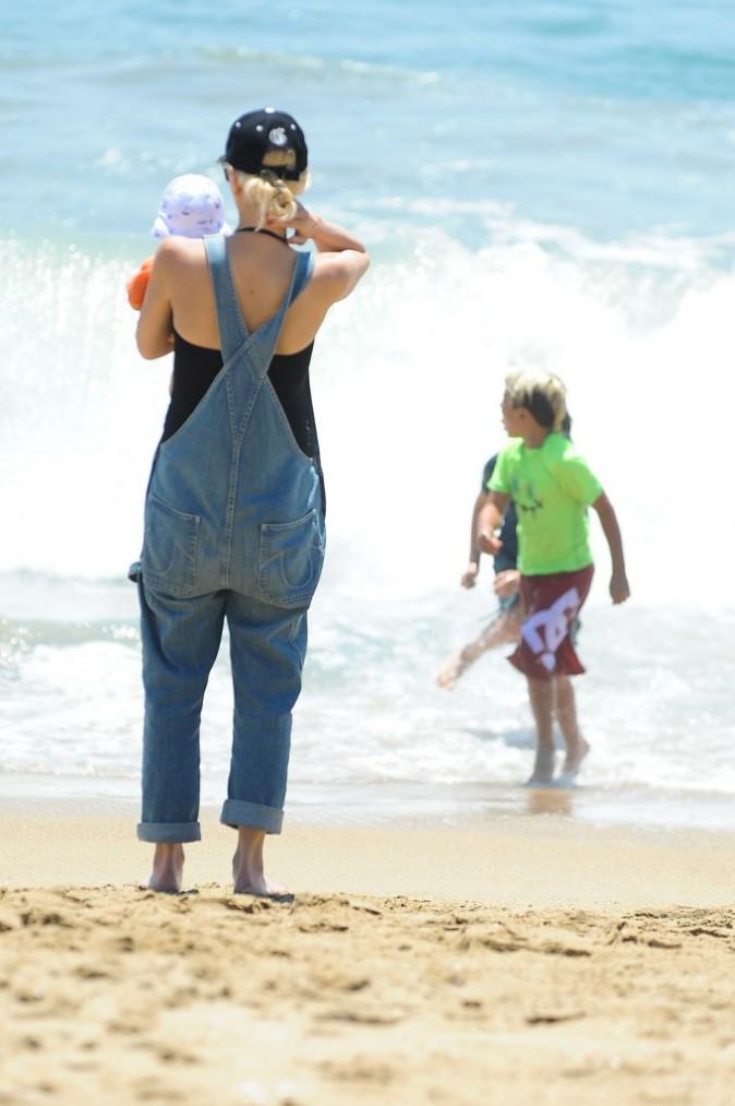 Gwen Stefani : moment détente à la plage avec ses enfants !