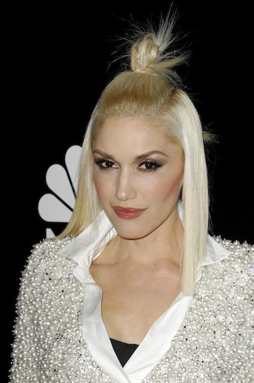 Photos : Gwen Stefani : un look raté pour recevoir le prix de star la plus stylée !