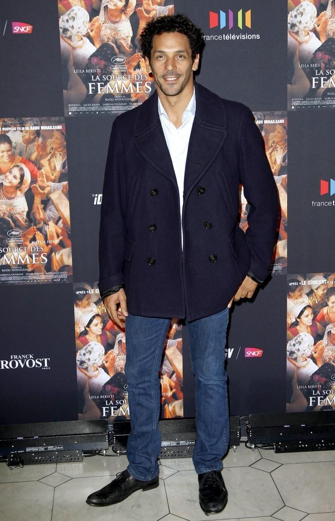 Tomer Sisley lors de la première du film La Source des Femmes à Paris, le 24 octobre 2011.