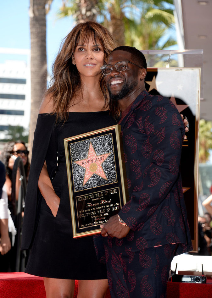 Halle Berry rend hommage Kevin Hart !