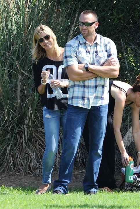 Heidi Klum à Los Angeles avec son nouveau boyfriend le 28 septembre 2012