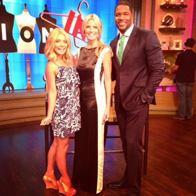 Heidi Klum sur le plateau de Live with Kelly & Michael à New-York le 23 juillet 2013
