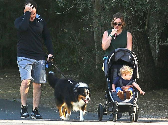 Hilary Duff en balade avec sa famille le 25 mai à Los Angeles