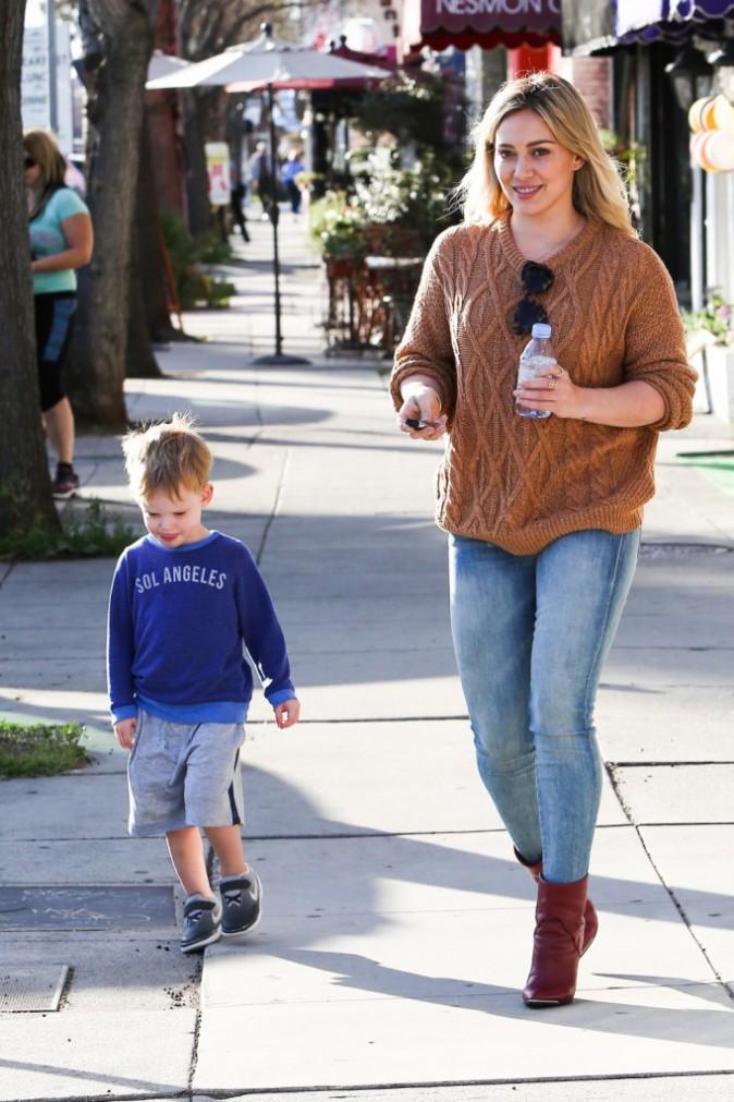 Photos : Hilary Duff : en plein divorce, elle se console avec son fils Luca !
