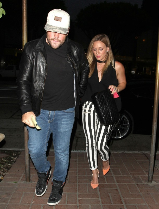 Hilary Duff a dîné chez Madeo avec son mari Mike Comrie