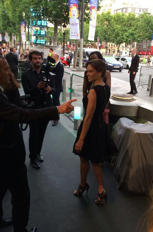 Hilary Swank à l'inauguration de la boutique Tiffany & Co sur les Champs-Elysées le 10 juin !