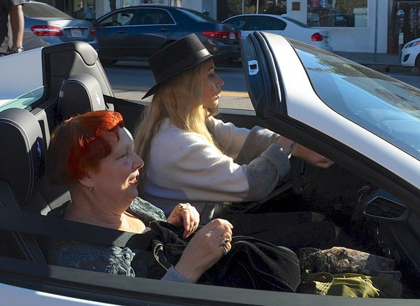 Iggy Azalea en séance shopping avec maman !