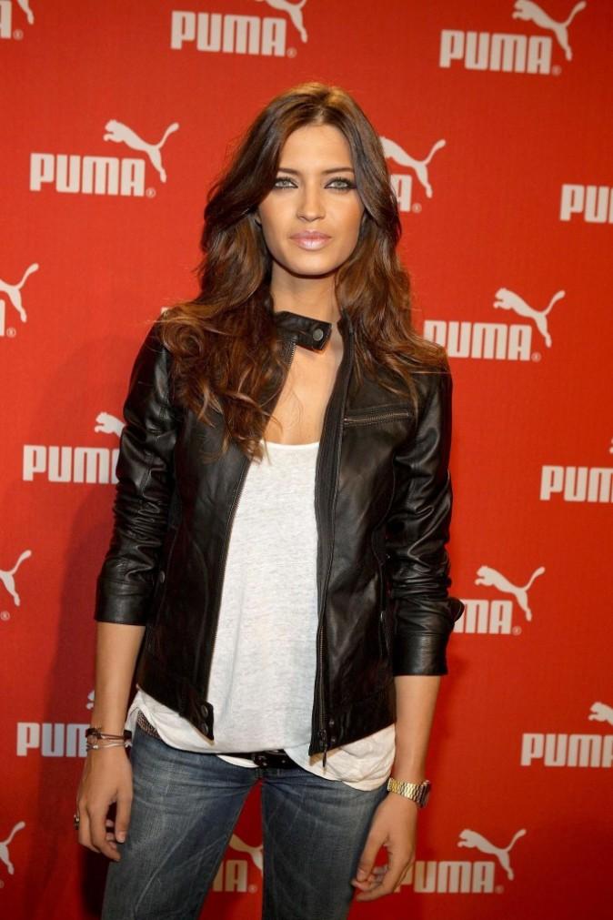 Sara Carbonero : Enfin une fille en jeans!