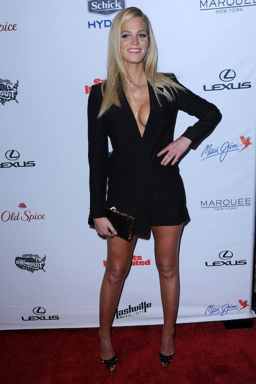 Erin Heatherton à la soirée Sports Illustrated à  New York, le 10 février 2015