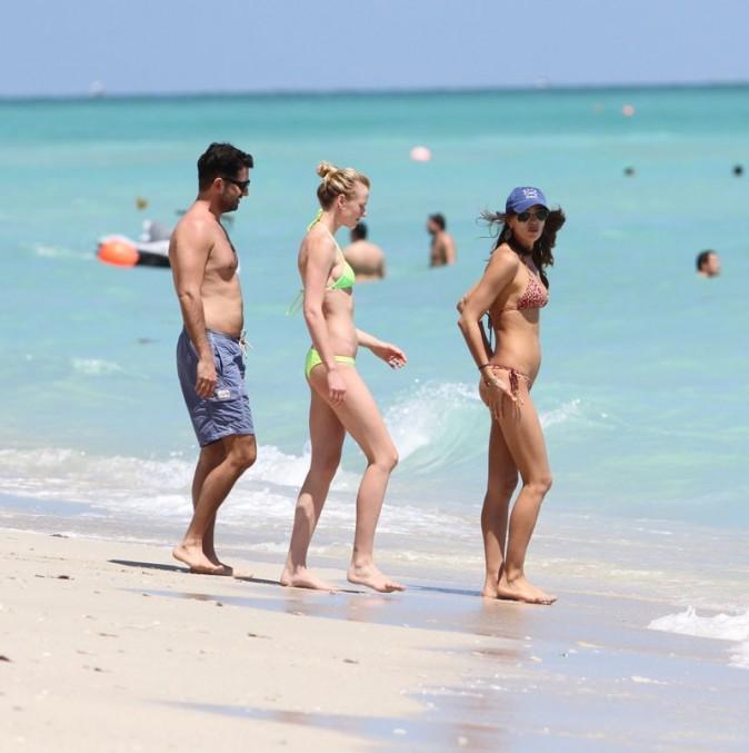 Encore à la mode le string à la plage ?