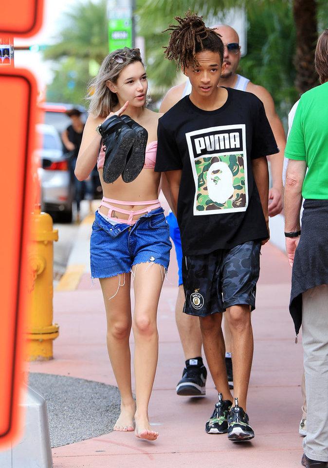 Photos : Jaden Smith : amoureux, il flâne à Miami Beach avec sa girlfriend