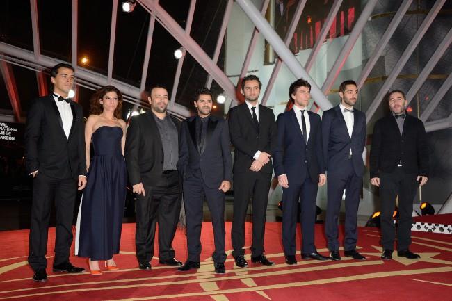 """Jamel Debbouze et le casting du film """"La Marche"""" lors de la première de """"Tel père, tel fils"""" au Festival International du Film de Marrakech, le 1e..."""