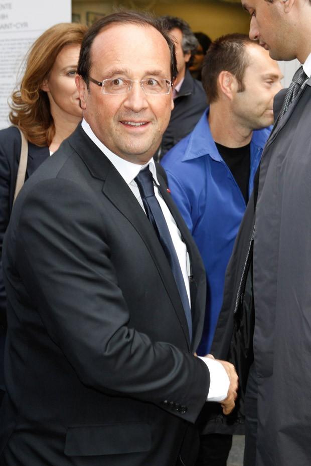 François Hollande à la vente aux enchères en soutien à Florence Cassez le 16 juin 2012