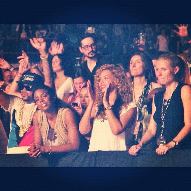 The Dream, Kelly Rowland, Beyonce et Gwyneth Paltrow lors du concert de Kanye West et Jay-Z à Paris Bercy, le 1er juin 2012.