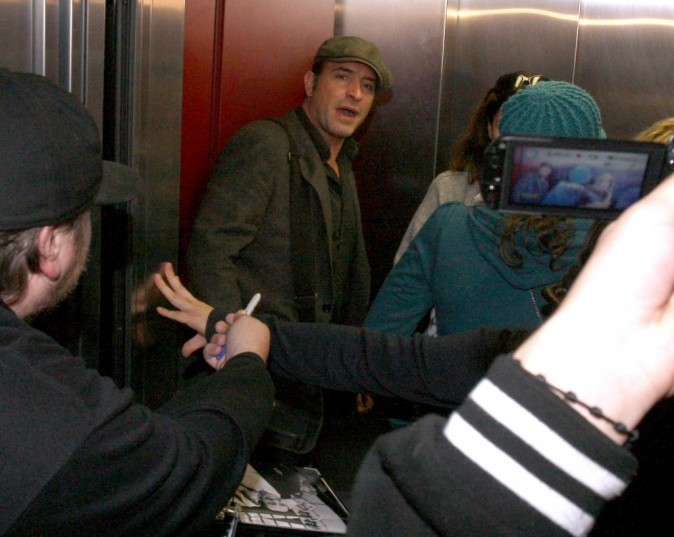 Il ne peut même plus prendre l'ascenseur !