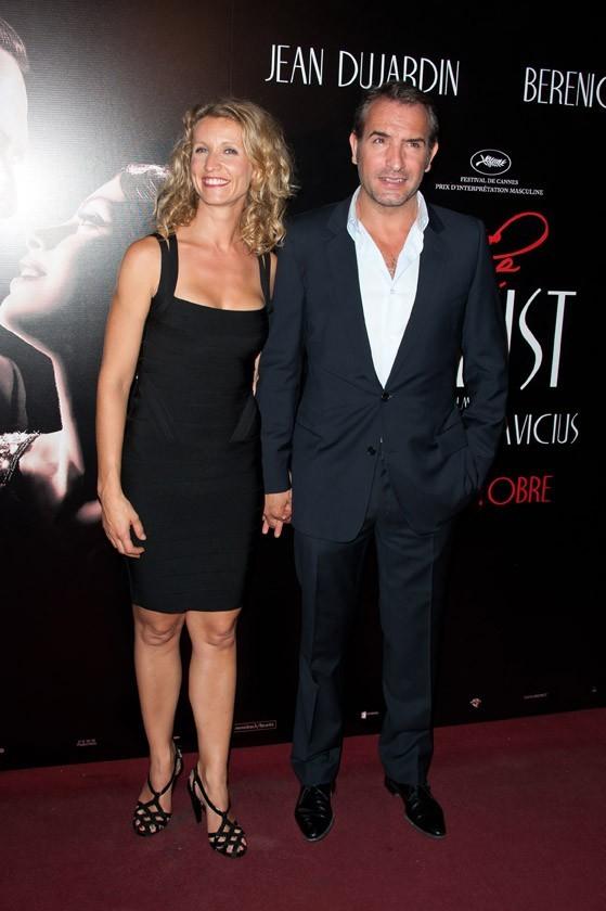 Alexandra Lamy et Jean Dujardin lors de la première de The Artist à Paris, le 28 septembre 2011.