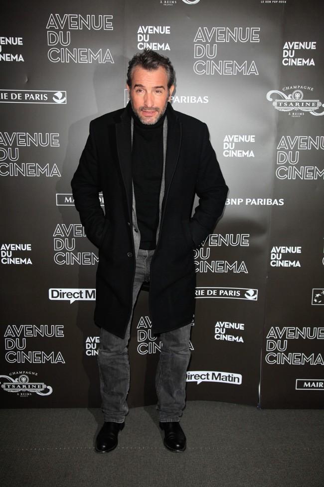 Jean Dujardin à l'avant-première de Möbius avec Cécile de France à Paris le 12 février 2013