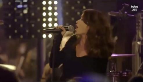 Jenifer Bartoli était ce 1er octobre en concert au W9 Home Festival