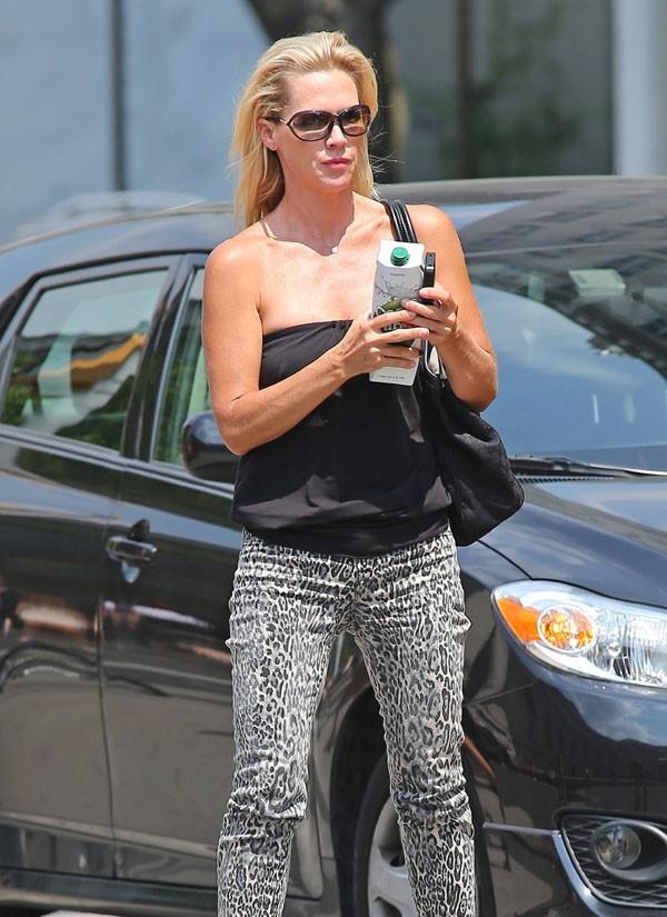 Jennie Garth à New-York avec ses filles Lola et Fiona le 9 août 2012