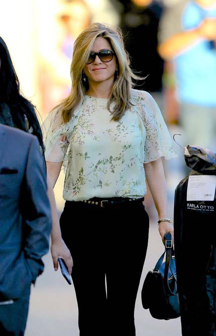 Jennifer Aniston avant son apparition au Jimmy Kimmel Live le 24 novembre 2014