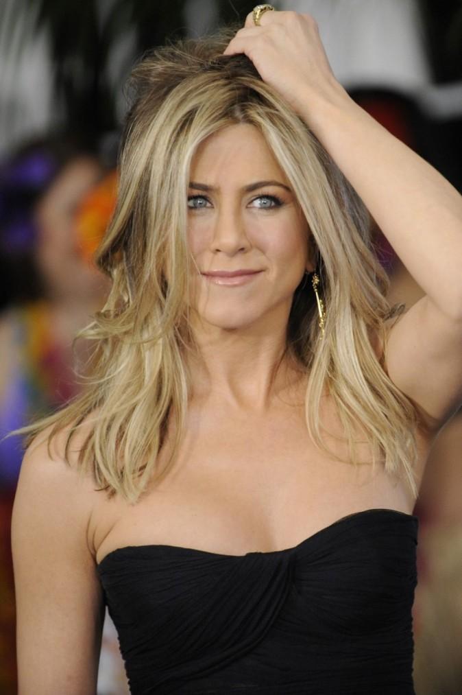 On aime quand Jen passe la main dans ses cheveux !