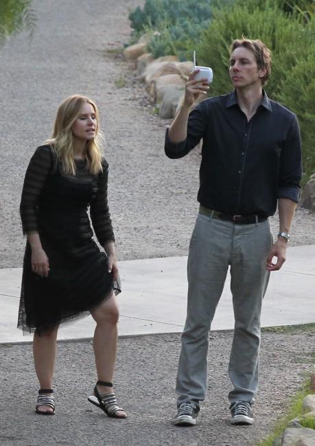 Kristen Bell et Dax Shepard lors du mariage de Jimmy Kimmel et Molly McNearney en Californie, le 13 juillet 2013.
