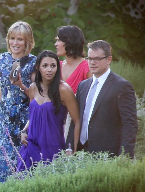 Matt Damon et sa femme Luciana lors du mariage de Jimmy Kimmel et Molly McNearney en Californie, le 13 juillet 2013.
