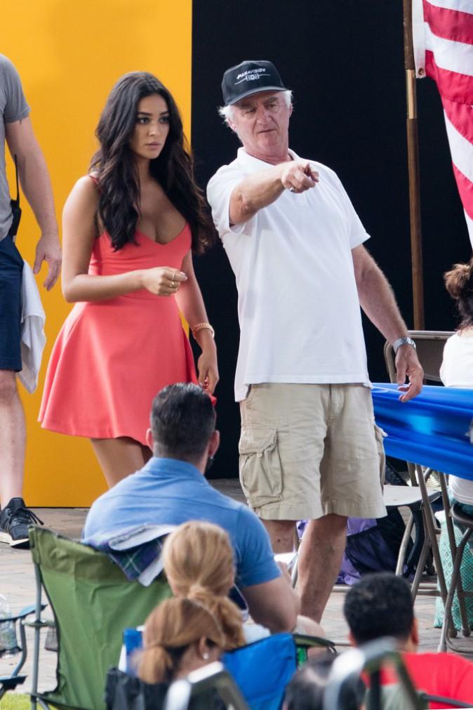 Jennifer Aniston : L'idole de Selena Gomez bosse dur sur le tournage de Mother's Day !