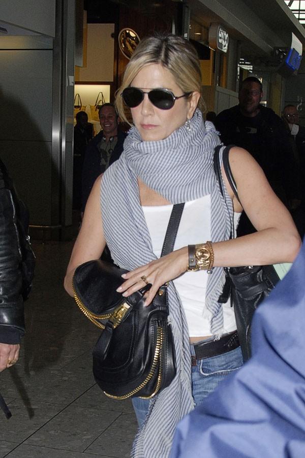 Jen à la cool pour prendre l'avion !