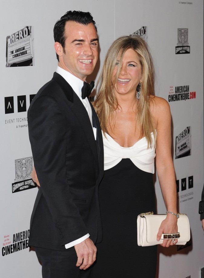 "Jennifer Aniston et Justin Theroux lors du gala ""American Cinematheque Award"" à Beverly Hills, le 15 novembre 2012."