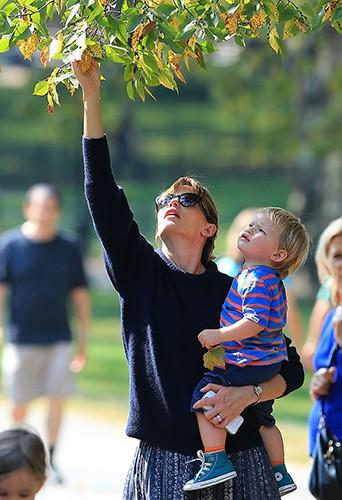 Jennifer Garner en famille à New-York le 4 octobre 2013