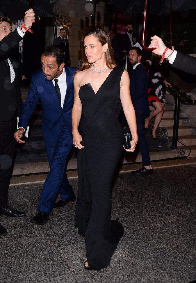 Jennifer Garner était présente au dîner annuel de l'amfAR de la Fashion Week Haute Couture de Paris