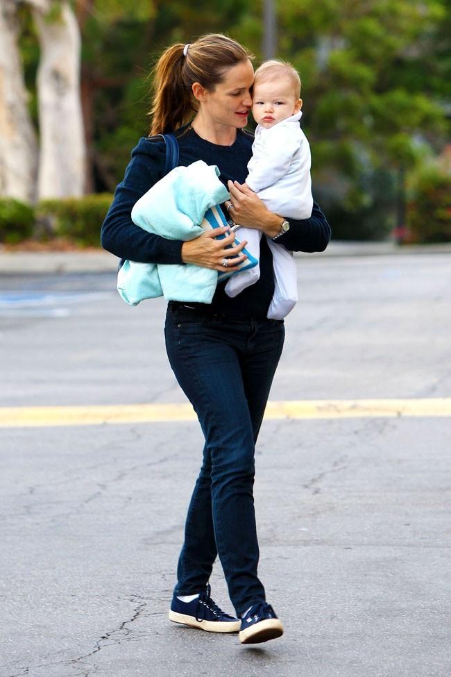 Jennifer Garner et Samuel le 22 septembre 2012 à Los Angeles