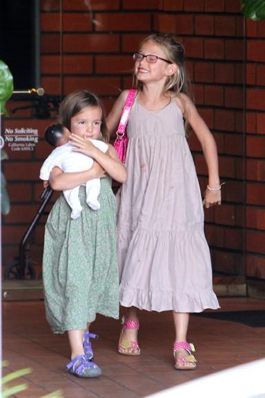 Jennifer Garner avec ses trois enfants à Brentowwod le 3 août 2013