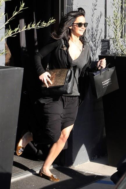Jennifer Lawrence sortant d'un salon de coiffure à Beverly Hills, le 25 février 2013.