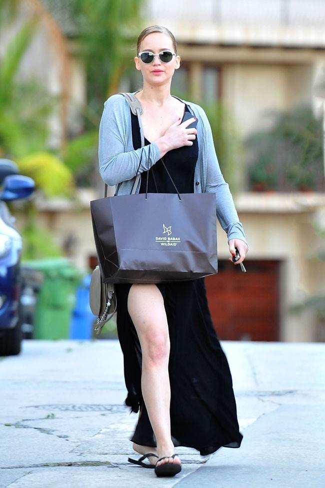 Jennifer se la joue Angelina !