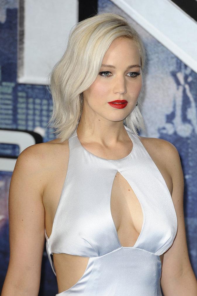 """Jennifer Lawrence, Oscar Isaac et James McAvoy à la Première du film """"X-Men: Apocalypse"""" à Londres le 9 mai 2016"""