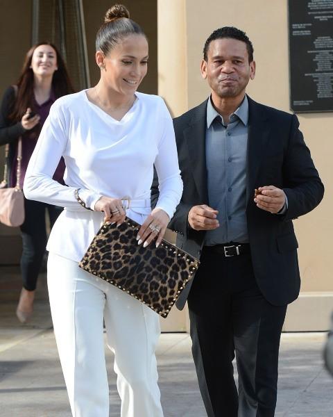 Jennifer Lopez et Benny Medina à Beverly Hills, le 29 janvier 2013.