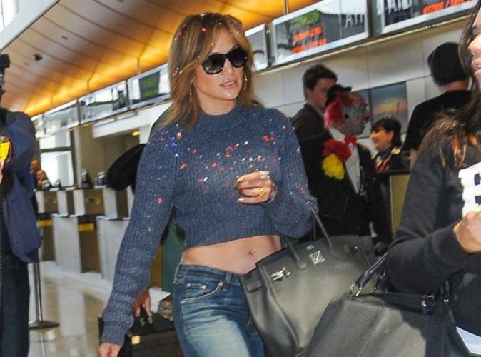 Jennifer Lopez : attaquée par un clown à l'aéroport, elle dévoile sa nouvelle tête !