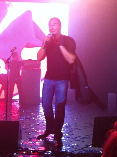 Cauet lors du NRJ Music Tour à Paris, le 15 juin 2011.