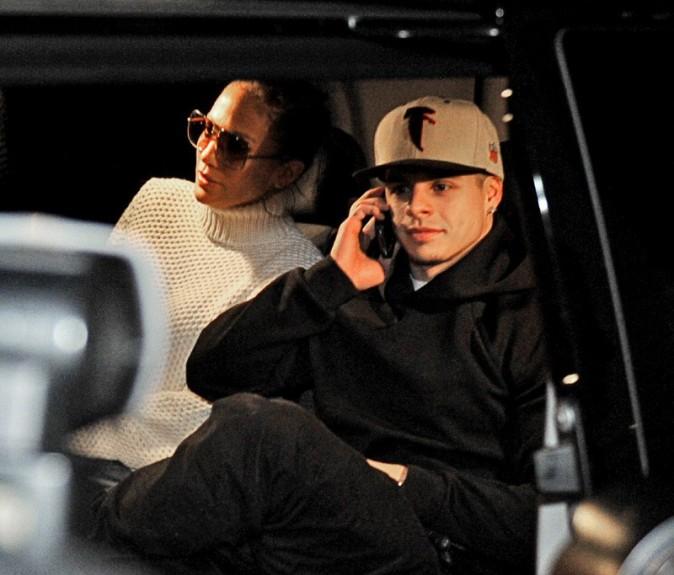 Jennifer Lopez et Casper Smart en sortie cinéma à Stockholm, en Suède, le 4 novembre 2012