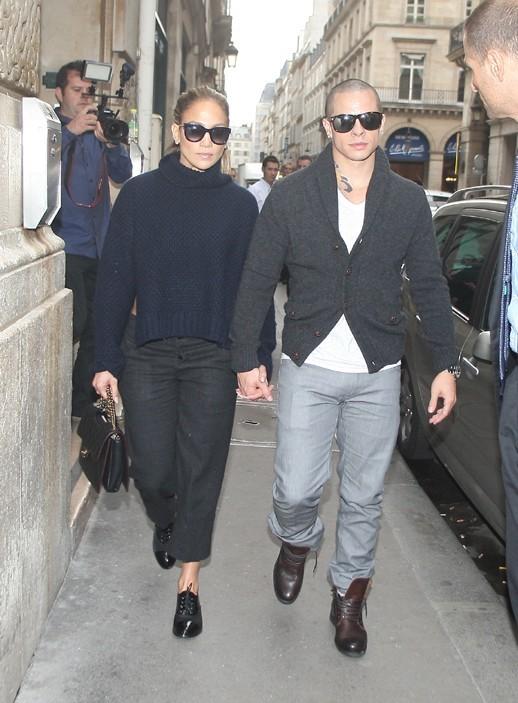 Jennifer Lopez en famille à Paris le 2 octobre 2012