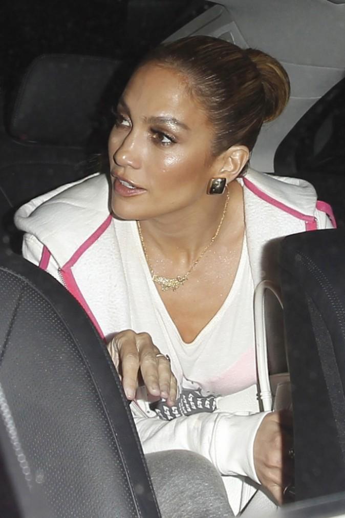Photos : Jennifer Lopez : une beauté renversante après avoir dévoilé l'hymne du Mondial !