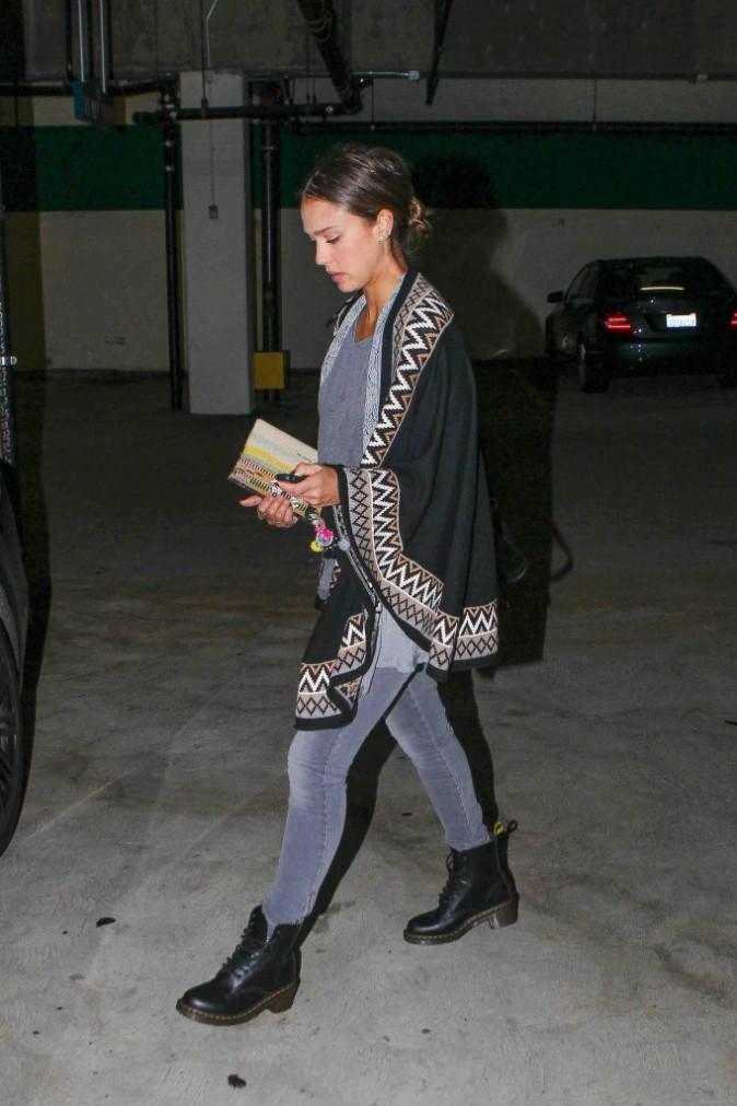 Jessica Alba : journée shopping en famille !
